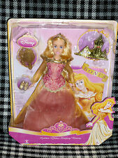 DISNEY PRINCESS - GOLDEN GLITTER SLEEPING BEAUTY DOLL