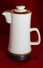 Large Denby Ironstone Coffee pot. Weight: 1.910 Kg - Height: 29 cm.