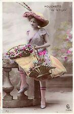 BE319 Carte Photo vintage card RPPC Femme woman Mouchette de la Cigale fleurs