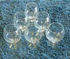 6 Round shape amaretto drinking glasses made of glass