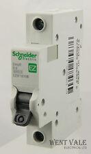 SCHNEIDER facile 9-ez9f16106 - 6a type b single pole RCM un-used