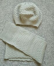 Girls Mini Boden Hat Scarf Set Grey Cable Knit Age 7-10 Beret Style. Brand new