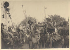 1920S PHOTO OF TRADITIONAL TRIBES PEOPLE DANCING W/ SPEARS - MOZAMBIQUE