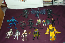 14pc Vintage Kenner Aliens & Predator and Marines Lot