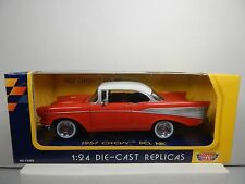 1/24 SCALE MOTORMAX 1957 CHEVY BEL AIR