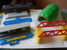 TOMY TRACKMASTER THOMAS RAILWAY TUNNEL - 2 STATIONS -  BRIDGES  LOT2