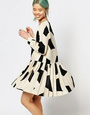 Zacro Long Sleeve Dress With Pleated Drop Waist In Geometric Print UK 8-10