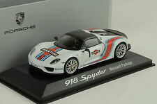 2014 Porsche 918 Spyder Martini Weissach Package white 1:43 Minichamps WAP