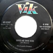 LAURIE SISTERS 45 Give Me One Kiss / Shame On You Georgie VG++ Pop ROCKER w1235