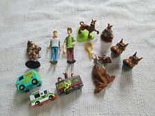 Lot of  SCOOBY DOO  PVC Figures Vehicles Keychain  Cake toppers