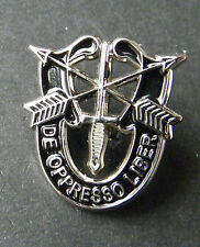 US ARMY SPECIAL FORCES DE OPPRESSO LIBER SMALL LAPEL PIN 3/4 INCH