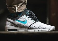 NIKE STEFAN JANOSKI MAX Trainers SB Air - UK Size 7 (EUR 41) - RRP £110 - White