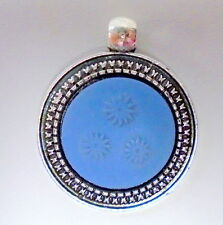 "Wedgwood Cameo in Silver toned Pendant ""Geometric Flower Design"" Blue Jasperware"