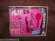 Monster High Draculaura Fangtastic Fashion Set NEW LAST ONE HTF