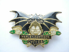 99p SALE RARE VINTAGE HARLEY DAVIDSON MOTORCYCLES ROCKER BAT BIKER NEW PIN BADGE