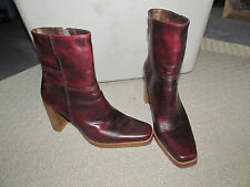 CANDIES ladies RED LEATHER ANKLE BOOTS sz 8.5 PLATFORM