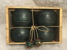 Set Of 4 Green Napkin Rings Holders In A Cute Little Gold Crate