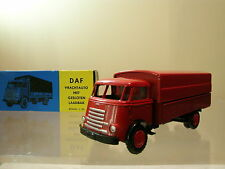LION CAR 23 DAF1100 6 STREPER FRONTSTUUR TRUCK COLOUR RED + BOX SCALE 1:50