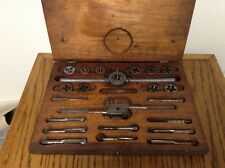 VINTAGE ANTIQUE TAP AND DIE SET 25 PCS WOOD BOX MADE IN USA NICE