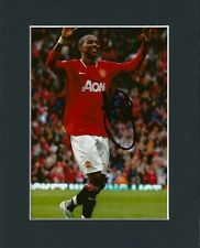 ASHLEY YOUNG HAND SIGNED MOUNTED AUTOGRAPH PHOTO 10X8 + COA MANCHESTER UNITED 2
