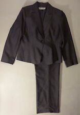 WOMEN'S SIZE 14, GRAY PANT SUIT BY TAHARI!
