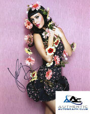 KATY PERRY AUTOGRAPH SIGNED 8X10 PHOTO COA