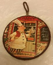 """1 RARE WALL WOODEN ROUND PLAQUE w/cork back, 7"""", Chef with Teapot on the tray"""