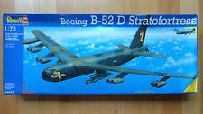 Boeing B-52D Superfortress Revell #04608 scale 1/72 plastic model sealed