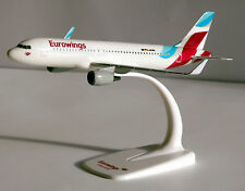 Eurowings Airbus A320-200 1:200 Herpa Snap-Fit 610674 Flugzeug Modell A320