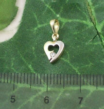 Sassi P1014YW Ladies 9ct 375 Gold Heart Shaped Cubic Zirconia CZ Pendant