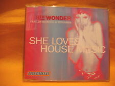 MAXI Single CD 8TH WONDER FT DJ MARCO V & BENJAMIN She Loves House Music 4TR '99