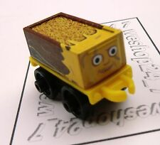 THOMAS & FRIENDS Minis Train Engine 2016 DC Toublesome Truck as Scarecrow ~ NEW