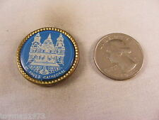 ST. PAUL'S CATHEDRAL TRAVEL PIN BUTTON