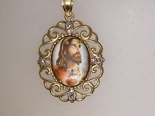 LOVELY 10K GOLD PAINTED PORCELAIN BLESSED HEART OF JESUS PENDANT!