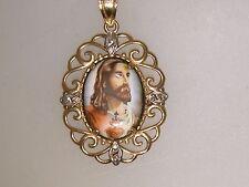 LOVELY 10K GOLD PAINTED PORCELAIN BLESSED HEART OF JESUS PENDANT!