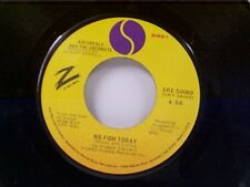 "KID CREOLE & COCONUTS ""NO FISH TODAY / I'M A WONDERFUL THING BABY"" 45"
