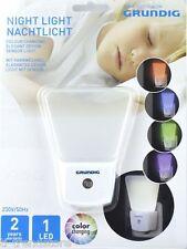 GRUNDIG LED Nachtlicht mit Farbwechsel Orientierungslicht Sicherheitslicht Neu