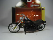 HARLEY DAVIDSON FXSTB NIGHT TRAIN 1/18 MAISTO (BLACK)
