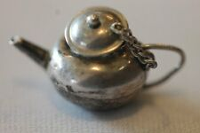 VINTAGE SILVER TEA POT CHARM WITH MOVEABLE LID ON CHAIN
