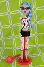 Monster High Ghoulia Yelps Dead Tired Doll in PJs+Slippers+Glasses+Stand+Brush