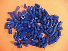 LOT OF 100 SMALL BLUE WIRE CONNECTORS  TWIST ON CONICAL NUT NUTS