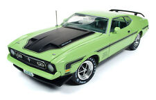 1971 Ford Mustang Mach 1 Grabber Lime 1:18 Auto World Ertl AMM1069