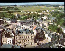 CRIQUETOT-L'ESNEVAL 76 : VILLAS, EGLISE , MAIRIE en vue aérienne