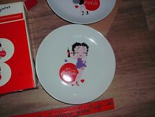 2 COCA COLA PLATE ceramic plates decorated with Betty Boop Sexy woman NEW IN Box