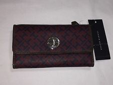 NEW WITH TAGS TOMMY HILFIGER WOMEN'S CONTINENTAL CHECK BOOK WALLET-RED / NAVY