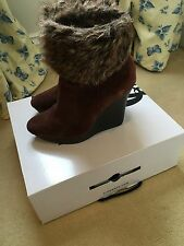 Nine West Brown Suede Faux Fux Wedge Ankle Boot, Size 5, VGC