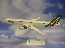HERPA wings 1:200 snap fit Airbus a330-200 ALITALIA I-ejga 610933