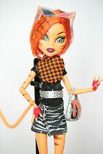 Monster High Puppe Toralei Stripe Basic / Serie 1 im School Club Fashion Pack