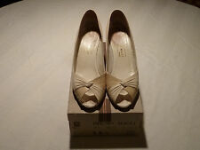 Bruno Magli White Calf Leather and Snakeskin Open Toed Shoes 9.5AA