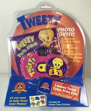 Tweety Bird Photo Outfit w/ 110 Camera, Looney Tunes Film, and Photo Album